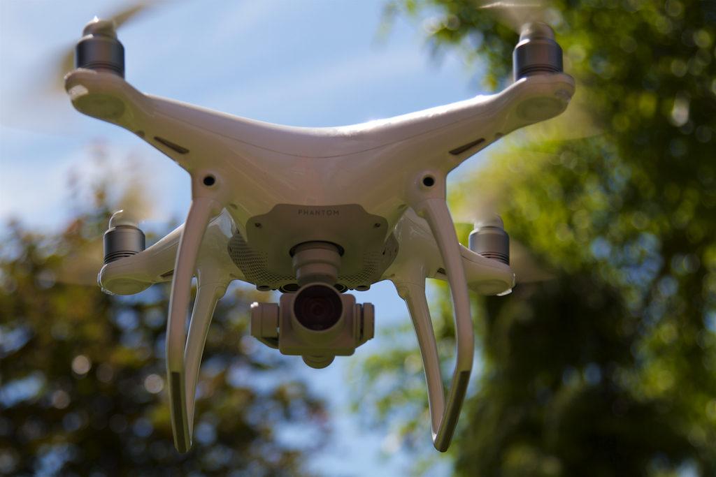 DJI Phantom4 drón
